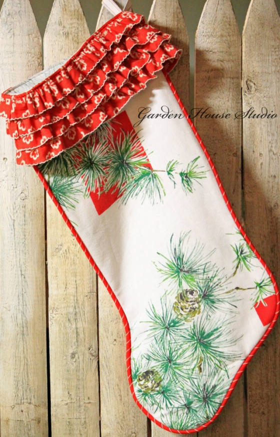 Vintage-Tablecloth-Stocking