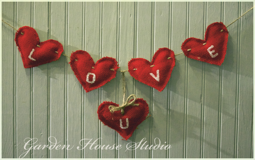 Quick DIY Burlap Heart Garland